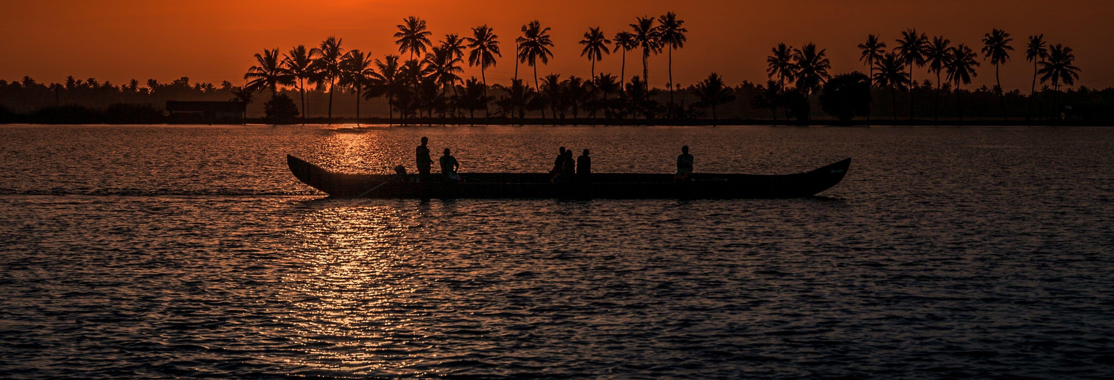 kerala-beach-sunset
