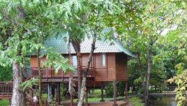kumarakom resort
