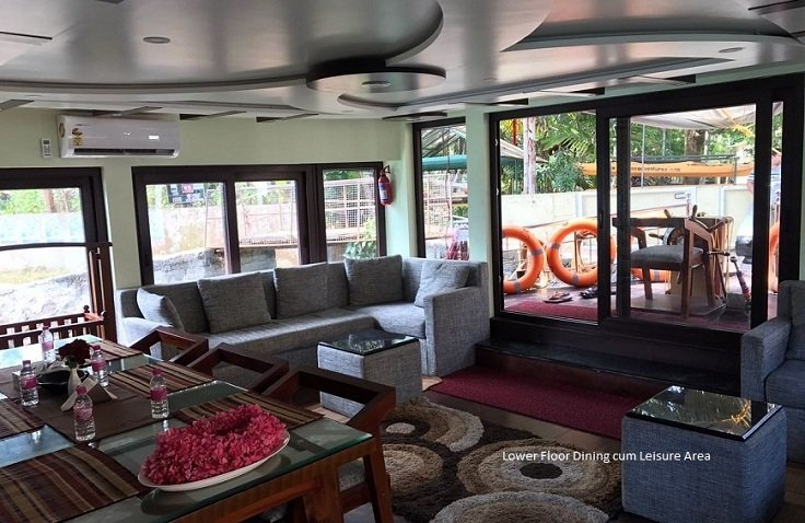 6 Rooms Luxury Houseboat In Alleppey