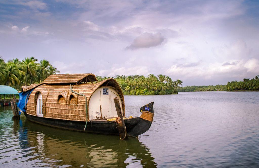 what-makes-kerala-safest-tourist -destination-during-covid-19