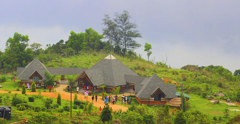 ponmudi - Hill station in Kerala