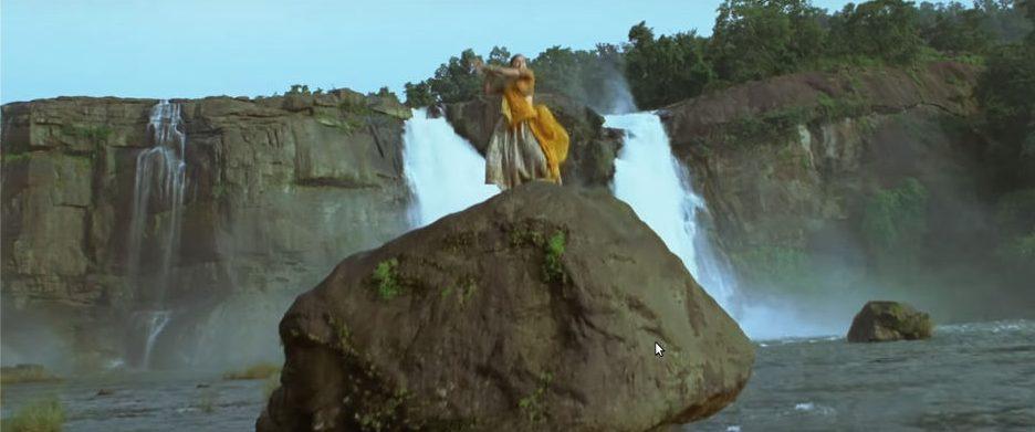 Barso-re-Guru-Athirapally-kerala