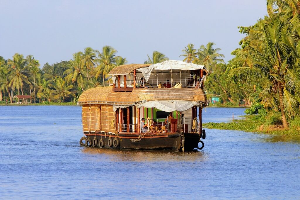 houseboat Kerala For French Tourists