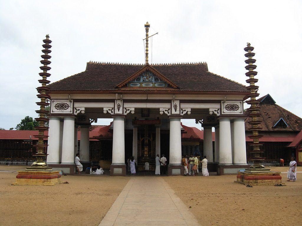 Vaikkom-mahadeva-temple
