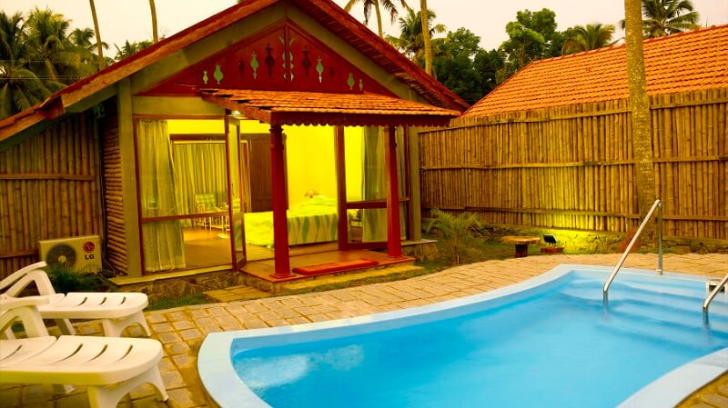 Abad Whispering Palms - Luxury Resort in Kumarakom