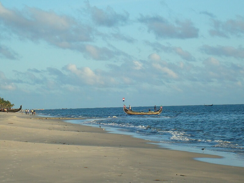 marari-beach-lesser-known-beach-in-kerala