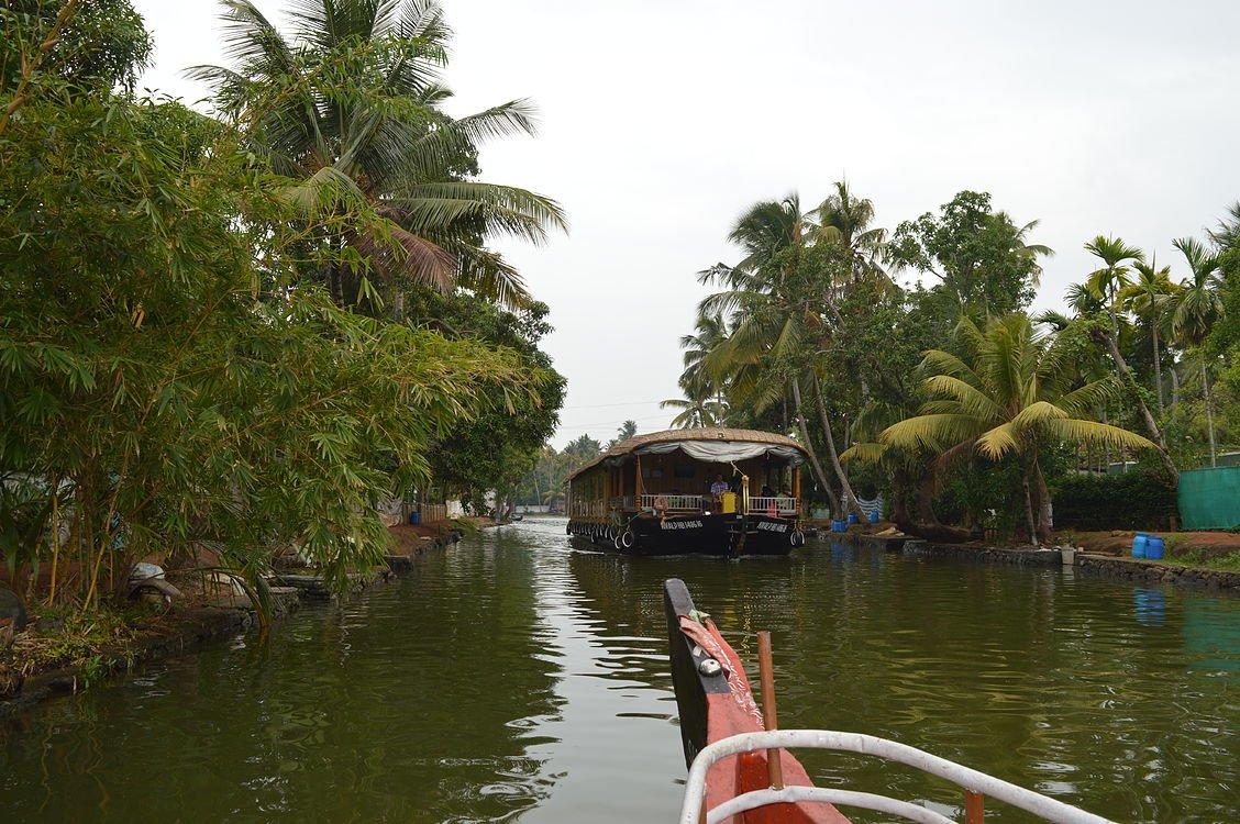 Irumbanam Canal