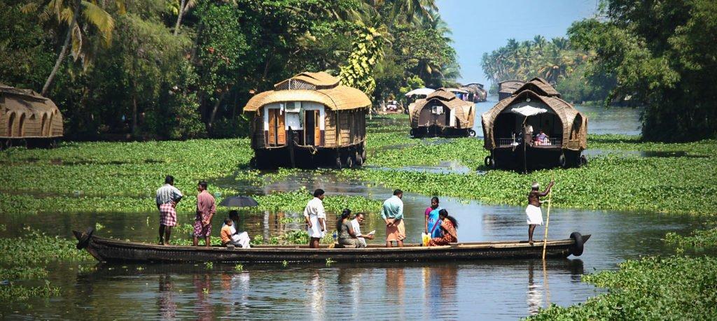 Kerala backwaters & Houseboat