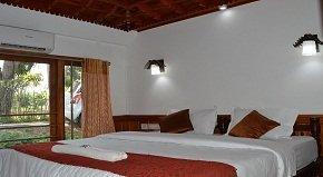 Adityan Luxury bedroom