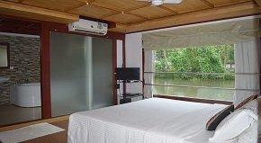Lake View Maniyara Premium bedroom