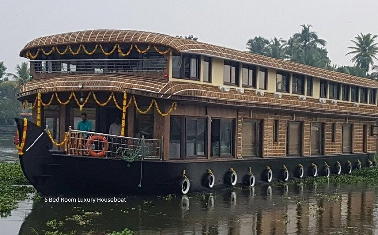 6 bedrooms luxury houseboat with ac conference hall in alleppey