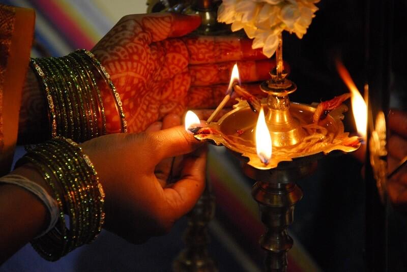 Lighting-a-lamp