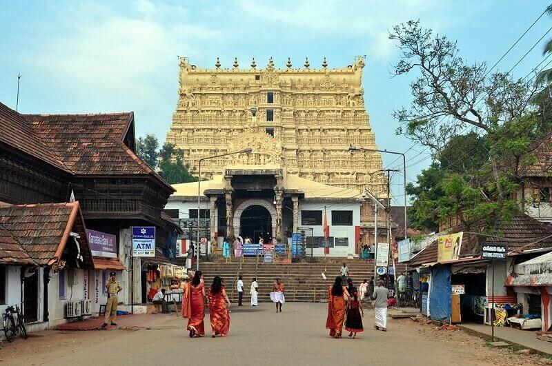 sree-padmanabhaswamy-temple-trivandrum-kerala